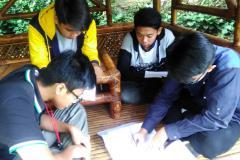 belajar di saung